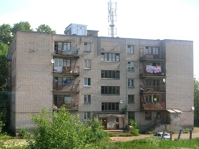 К какой поликлинике прикреплен дом по адресу серпухов